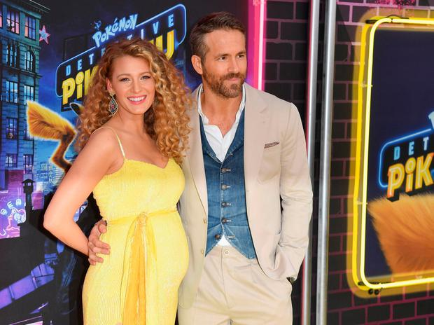 00038f7835037 Blake Lively makes surprise pregnancy announcement at premiere with husband  Ryan Reynolds