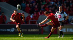 JJ Hanrahan saves the day for Munster, kicking the winning penalty against Benetton in their Guinness PRO14 quarter-final. Photo by Diarmuid Greene/Sportsfile