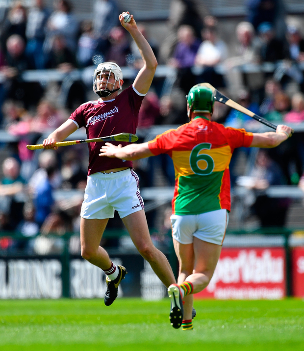 Jason Flynn of Galway in action against David English of Carlow during the Leinster GAA Hurling Senior Championship Round 1 match between Galway and Carlow at Pearse Stadium in Galway. Photo by Piaras Ó Mídheach/Sportsfile