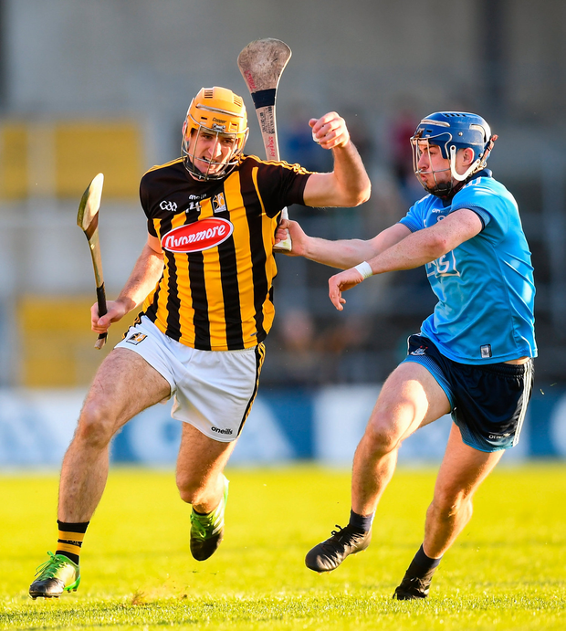 Colin Fennelly of Kilkenny in action against Seán Moran of Dublin. Photo by Stephen McCarthy/Sportsfile
