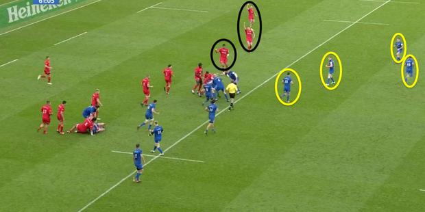 4 Just after the hour mark, Leinster again had the Saracens defence stretched (note their urgency in calling for backup out wide) but they are unable to make it count, and the move ends with Sexton forcing a pass, which Billy Vunipola intercepts