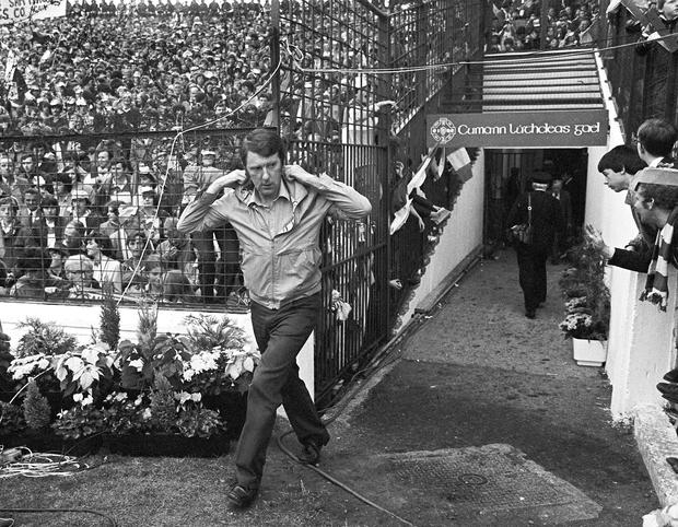 Offaly manager Eugene McGee makes his way onto the pitch before the start of The All-Ireland Senior Football Final against Kerry at Croke Park in September 1982. Pic: Sportsfile