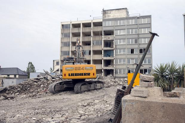 Demolition work under way as the Tara Towers Hotel in Booterstown comes down. Photo: Tony Gavin