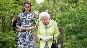 Queen Elizabeth II and Catherine, Duchess of Cambridge at the RHS Chelsea Flower Show 2019 press day at Chelsea Flower Show on May 20, 2019 in London, England. (Photo by Geoff Pugh - WPA Pool/Getty Images)