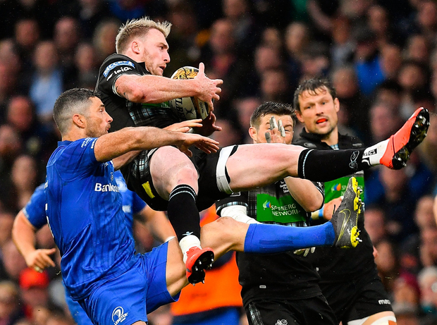 Stuart Hogg of Glasgow Warriors is tackled by Rob Kearney of Leinster resulting in a yellow card for Kearney