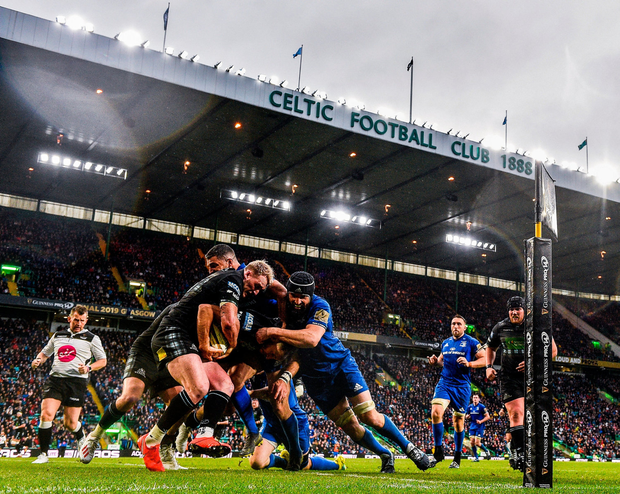 Tommy Seymour and Stuart Hogg of Glasgow Warriors in action against Rob Kearney and Scott Fardy of Leinster. Photo by Ramsey Cardy/Sportsfile