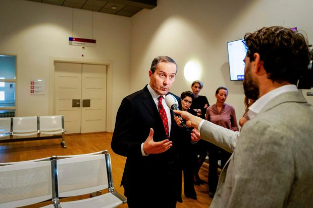 Geert Jan Knoops, lawyer of the Hells Angels, speaks to the press after the outcome of the judgment. Photo: Getty Images