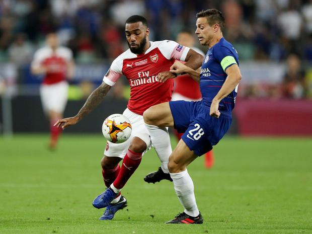 Arsenal's Alexandre Lacazette in action with Chelsea's Cesar Azpilicueta. Photo: Reuters/Lee Smith