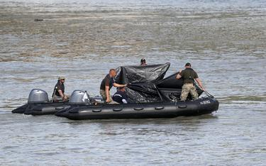 Body of 13th victim recovered from sunken boat in Budapest