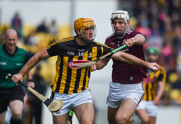 Colin Fennelly of Kilkenny in action against Gearoid McInerney of Galway during the Leinster GAA Hurling Senior Championship Round 4 match between Kilkenny and Galway at Nowlan Park in Kilkenny. Photo by Daire Brennan/Sportsfile