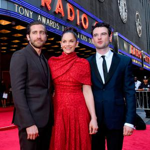 Jake Gyllenhaal, Ruth Wilson and Tom Sturridge attend the 73rd Annual Tony Awards at Radio City Music Hall on June 09, 2019 in New York City. (Photo by Bryan Bedder/Getty Images for Tony Awards Productions)
