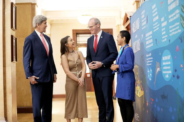 Climate chat: Former US secretary of state John Kerry was keynote speaker at the Our Oceans Wealth Summit in Cork, where he met Irish youth representative Alicia Joy O'Sullivan, Tánaiste Simon Coveney and Marshall Islands youth envoy Selina Neirok. Photo: Julien Behal