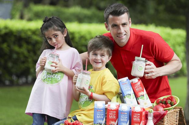 SPAR Better Choices ambassador and Republic of Ireland Captain, Seamus Coleman launched the new SPAR Better Choices Low Fat Protein Milk and Mega Milk.