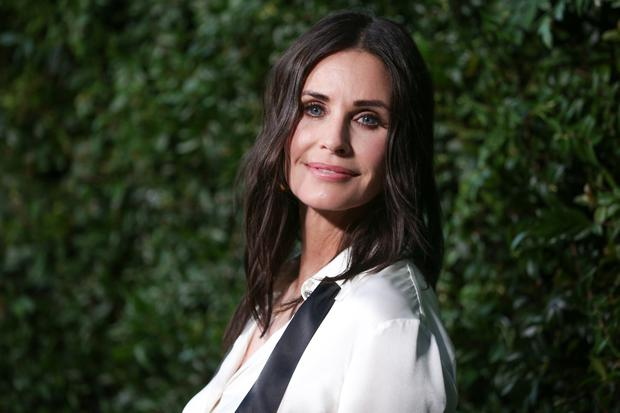 Courteney Cox attends the CHANEL Dinner Celebrating Our Majestic Oceans, A Benefit For NRDC on June 2, 2018 in Malibu, California. (Photo by Rich Fury/Getty Images)
