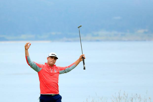 PEBBLE BEACH, CALIFORNIA - JUNE 16: Gary Woodland of the United States celebrates on the 18th green after winning the 2019 U.S. Open at Pebble Beach Golf Links on June 16, 2019 in Pebble Beach, California. (Photo by Andrew Redington/Getty Images)