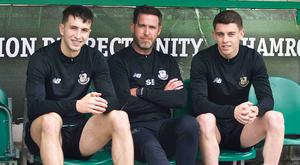 (l-r) Neil Farrugia, Shamrock Rovers manager Stephen Bradley and Gary O'Neill. Photo: ShamrockRovers.ie
