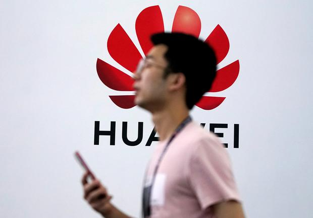 A Huawei logo is pictured at Mobile World Congress (MWC) in Shanghai, China. Photo: REUTERS/Aly Song