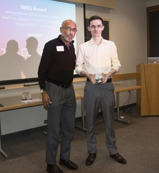 Dr Emery Brown, Associate Director of MIT for Medical Engineering and Science, presents Galenband project-lead Oisín McGrath with the Institute for Medical Engineering and Science Award for research in the field of medical engineering. Photo: Oisín McGrath