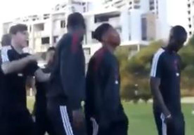 Paul Pogba has words with Jesse Lingard