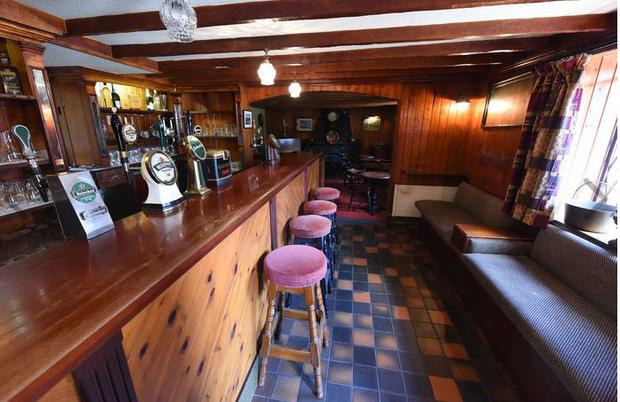 McCarthy's bar, Nohoval