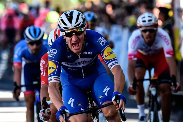 Italy's Elia Viviani claims Stage 4 for Deceuninck-Quickstep in Nancy. Photo: Getty Images