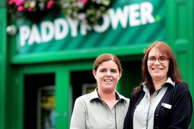 Breaks: Sandra Maher and Vicky Callow, who work for Paddy Power. Photo: David Conachy