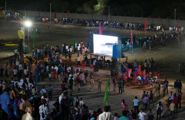 Spectators leave a viewing gallery after India's second lunar mission, Chandrayaan-2, was called off. Photo: REUTERS/P. Ravikumar