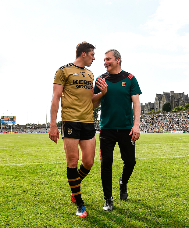 Mayo manager James Horan chats to the Kerryman following the game. Photo: Sportsfile