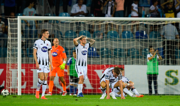 Dundalk players after their side concede their third goal during the UEFA Champions League Second Qualifying Round 2nd Leg match between Qarabağ FK and Dundalk at Dalga Arena in Baku, Azerbaijan. Photo by Eóin Noonan/Sportsfile