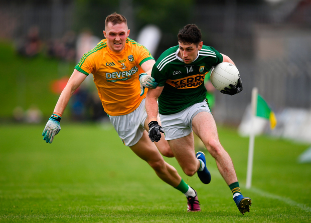 Paul Geaney of Kerry in action against Conor McGill of Meath. Photo by Stephen McCarthy/Sportsfile