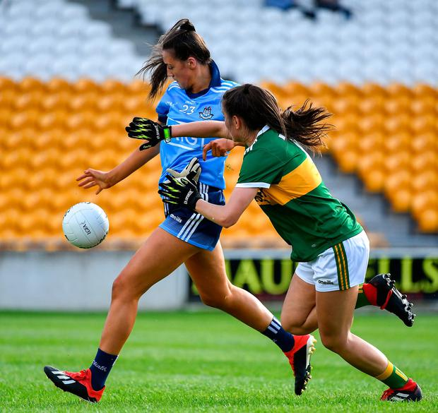 Dublin's Niamh Hetherton of Dublin scores a second half goal under pressure from Kerry's Ciara Murphy. Photo: Piaras Ó Mídheach/Sportsfile