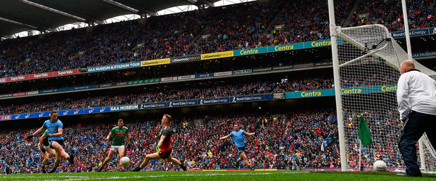 Brian Fenton scores Dublin's third goal in yesterday's All-Ireland semi-final win over Mayo at Croke Park. Photo: Ramsey Cardy/Sportsfile
