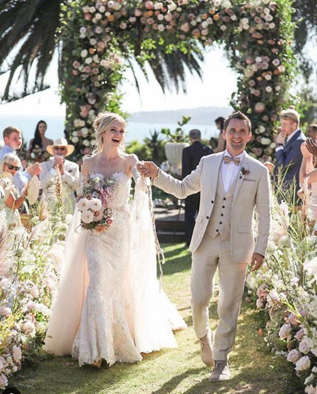 Muse Singer Matthew Bellamy Marries Elle Evans