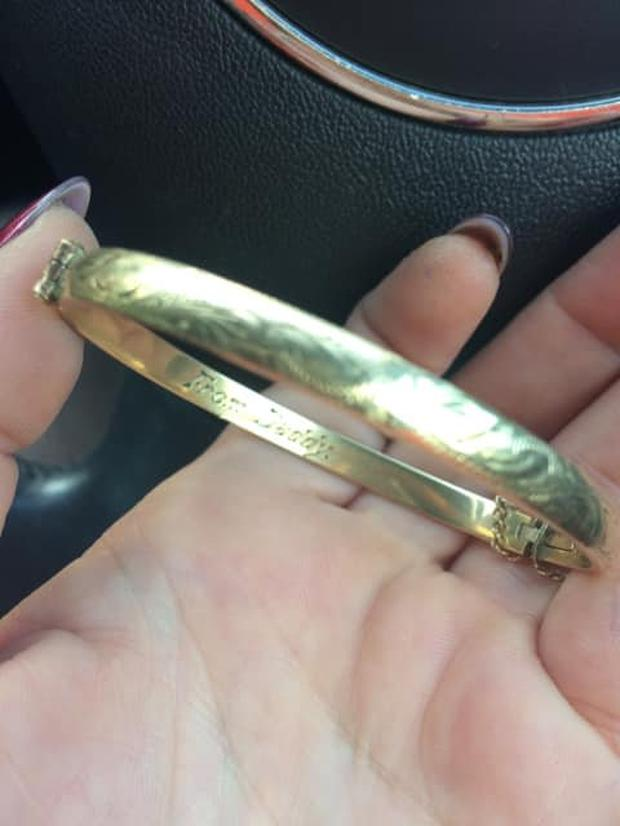 The bracelet that Louise Ní Ríain found in a dress from the Jack and Jill Boutique charity shop
