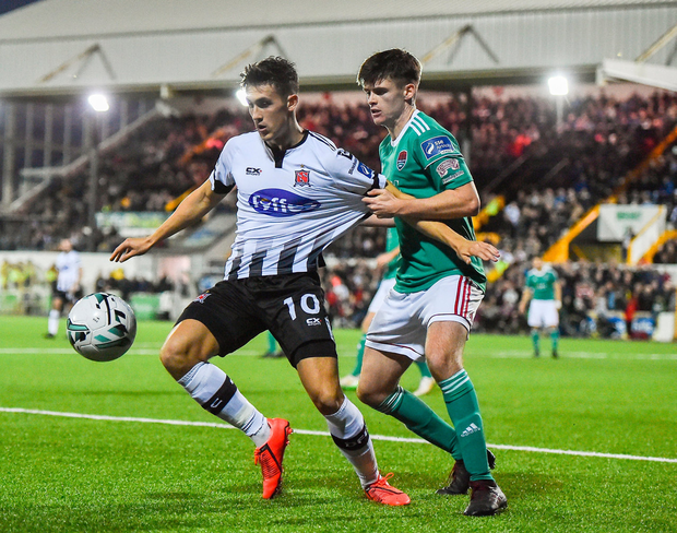 Jamie McGrath of Dundalk in action against Ronan Hurley of Cork City. Photo by Ben McShane/Sportsfile