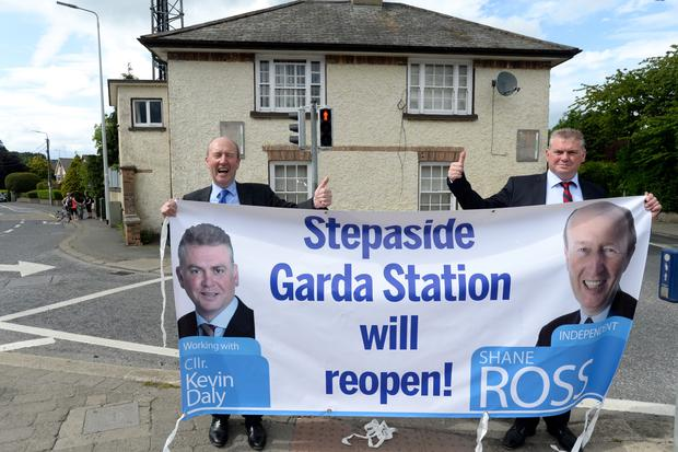 Shane Ross and Cllr Kevin Daly outside the station in 2017