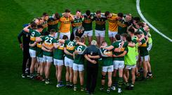 Kerry manager Peter Keane speaks to his players ahead of the All-Ireland SFC final replay against Dublin at Croke Park in Dublin. Photo: Daire Brennan/Sportsfile