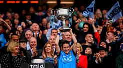 15 September 2019; Dublin captain Sinéad Aherne lifts the Brendan Martin Cup following the TG4 All-Ireland Ladies Football Senior Championship Final match between Dublin and Galway at Croke Park in Dublin. Photo by Stephen McCarthy/Sportsfile