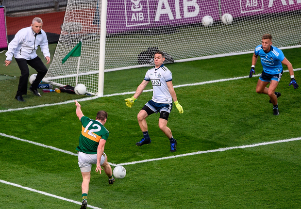 Dublin's Stephen Cluxton saves a shot from Kerry's Stephen O'Brien. Photo: Sportsfile