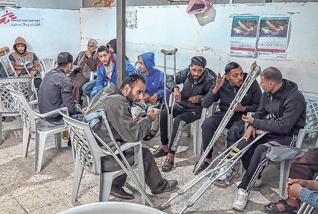 The waiting room at the MSF clinic. Photo: Simon Rolin