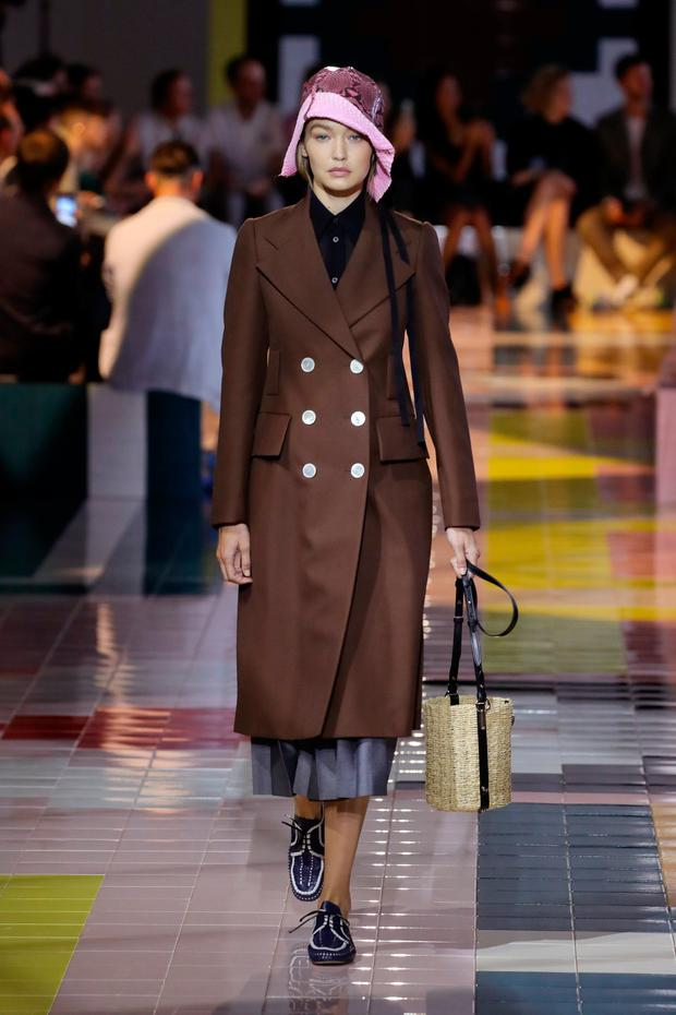 Model Gigi Hadid walks the runway at the Prada show during the Milan Fashion Week Spring/Summer 2020 on September 18, 2019 in Milan, Italy. (Photo by Andreas Rentz/Getty Images)