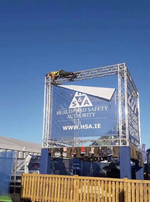 The HSA is investigating after this picture surfaced online Photo: Irish Association of Steel Fabricators