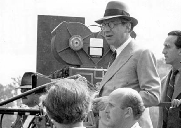 Circa 1936: Hungarian-born director and producer Sir Alexander Korda (1893 - 1956) on the set of his film. (Photo by Hulton Archive/Getty Images)