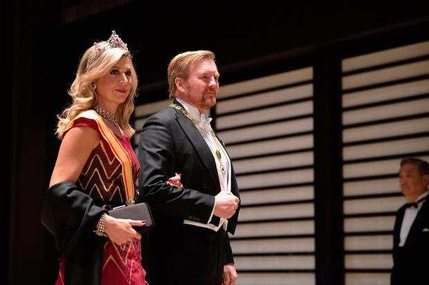 King Willem Alexander of the Netherlands and his wife Queen Maxima of the Netherlands arrive at the Imperial Palace for the Court Banquets after the Ceremony of the Enthronement of Emperor Naruhito on October 22, 2019 in Tokyo, Japan. (Photo by PIERRE EMMANUEL DELETREE/Pool/Getty Images)