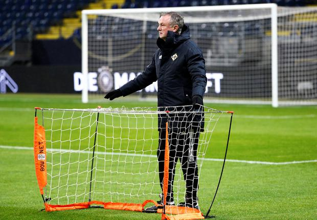 Michael O'Neill prepares for training in Frankfurt last night. Photo: REUTERS/Ralph Orlowski