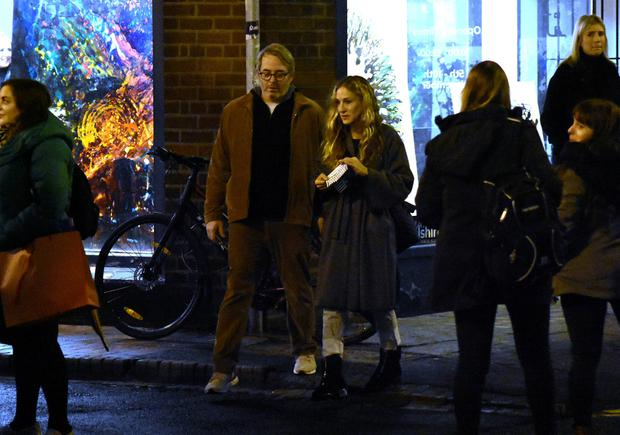 Hollywood couple Matthew Broderick & Sarah Jessica Parker spotted out amongst the Christmas shoppers in Dublin City Centre stopping into Sheridans Cheesemongers on South Anne Street, Dublin
