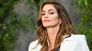 Cindy Crawford attends the Chanel show as part of the Paris Fashion Week Womenswear  Spring/Summer 2018 on October 3, 2017 in Paris, France.  (Photo by Pascal Le Segretain/Getty Images)