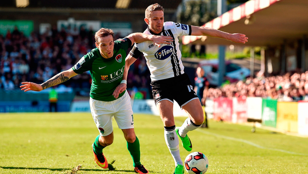 Dane Massey of Dundalk in action against Karl Sheppard of Cork City. Photo by Diarmuid Greene/Sportsfile