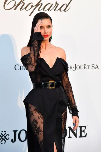 Brazilian model Adriana Lima arrives on May 23, 2019 for the amfAR 26th Annual Cinema Against AIDS gala at the Hotel du Cap-Eden-Roc in Cap d'Antibes, southern France, on the sidelines of the 72nd Cannes Film Festival. (Photo by Alberto PIZZOLI / AFP)