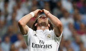 Football - Real Madrid v Juventus - UEFA Champions League Semi Final Second Leg - Estadio Santiago Bernabeu, Madrid, Spain - 13/5/15 Real Madrid's Gareth Bale looks dejected after a missed chance Reuters / Paul Hanna